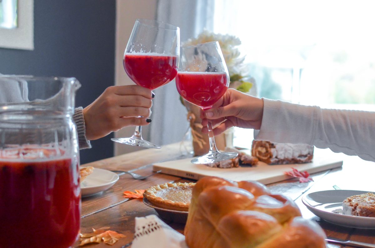 5 Reasons To Celebrate Being Single During The Holidays